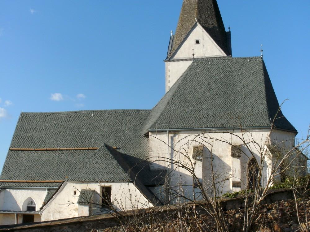 kath. Pfarrkirche Ruden Natursteineindeckung