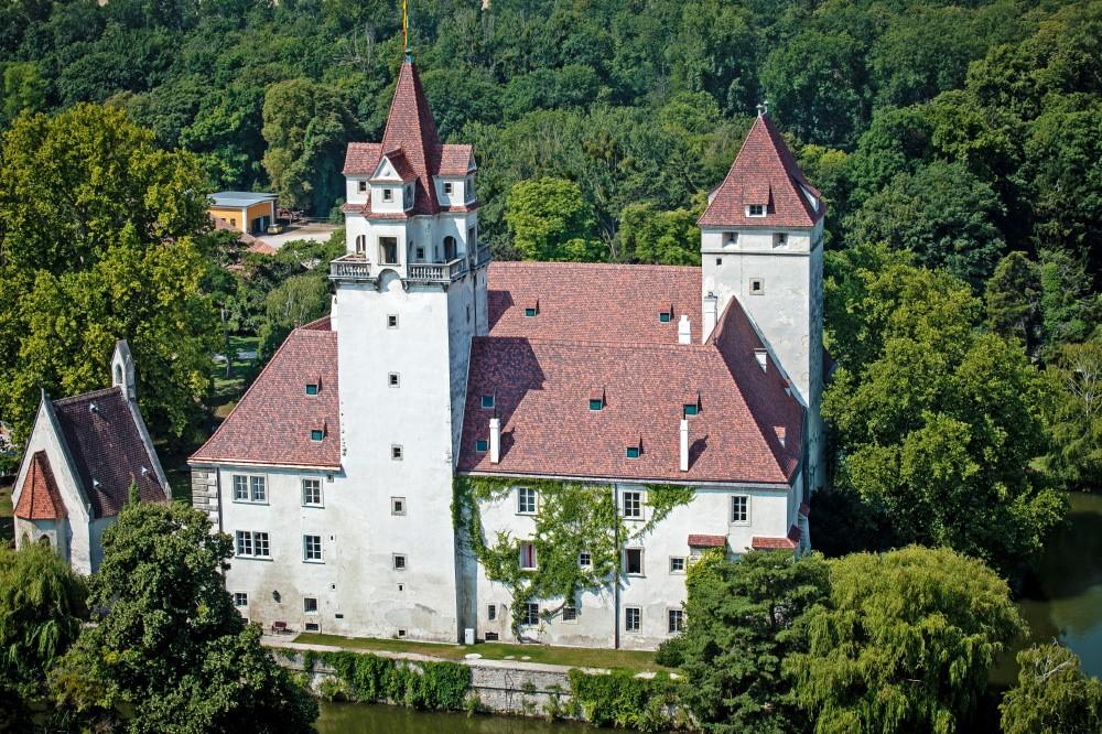 Schloss Ebreichsdorf Ziegeleindeckung