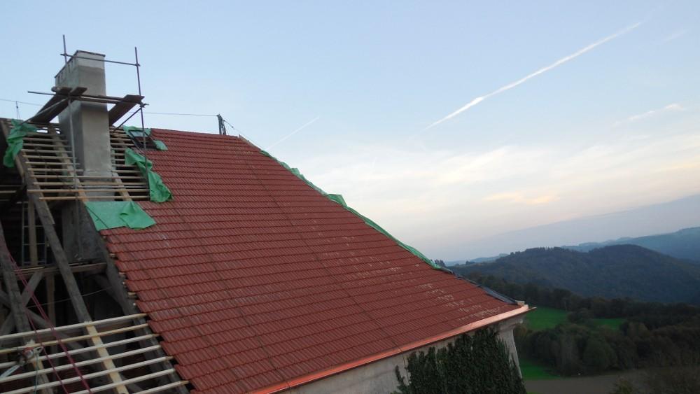 Schloss Altenhof Ziegeleindeckung