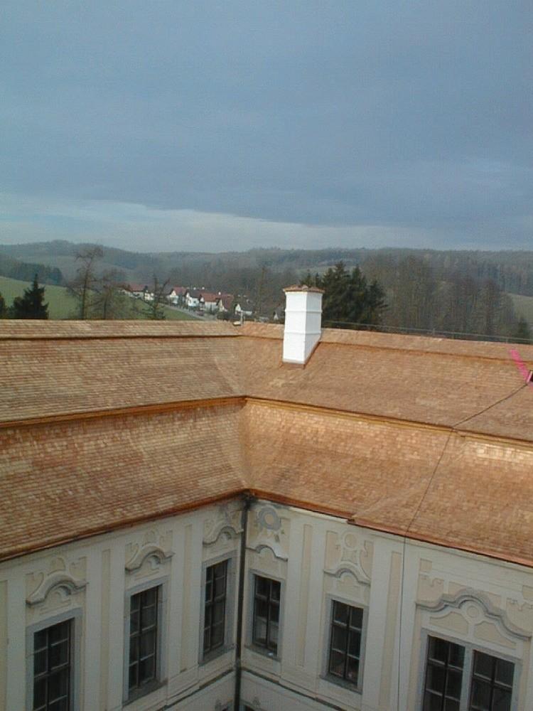 Schloss St. Florian Holzschindeleindeckung