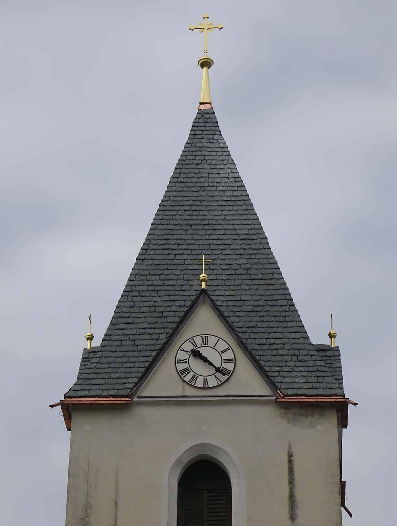 Natursteineindeckung Kath. Pfarrkirche Poggersdorf